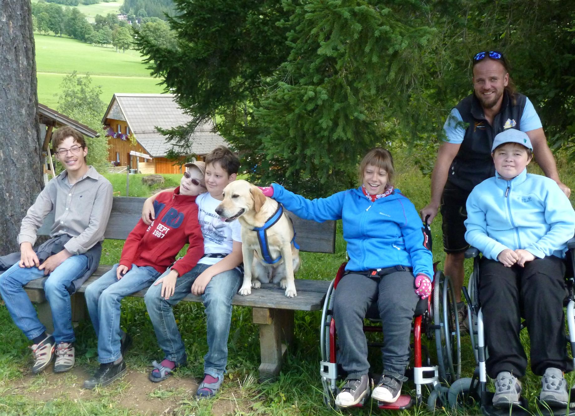 integrative Wanderung mit Therapiehund