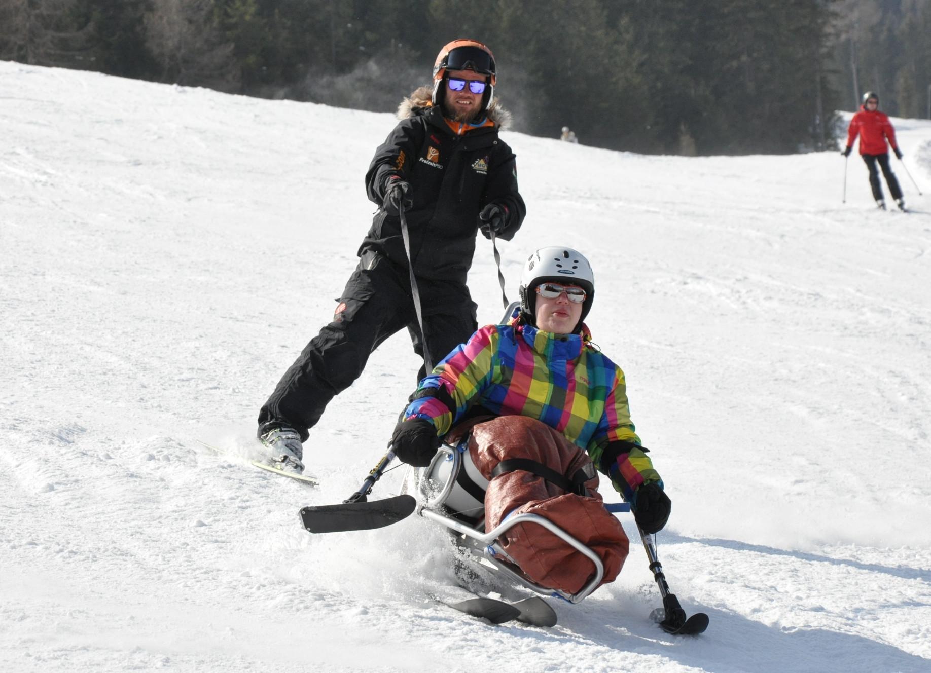 Bi-Ski Bi-Unique