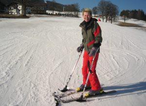 Skifahren mit Krücken