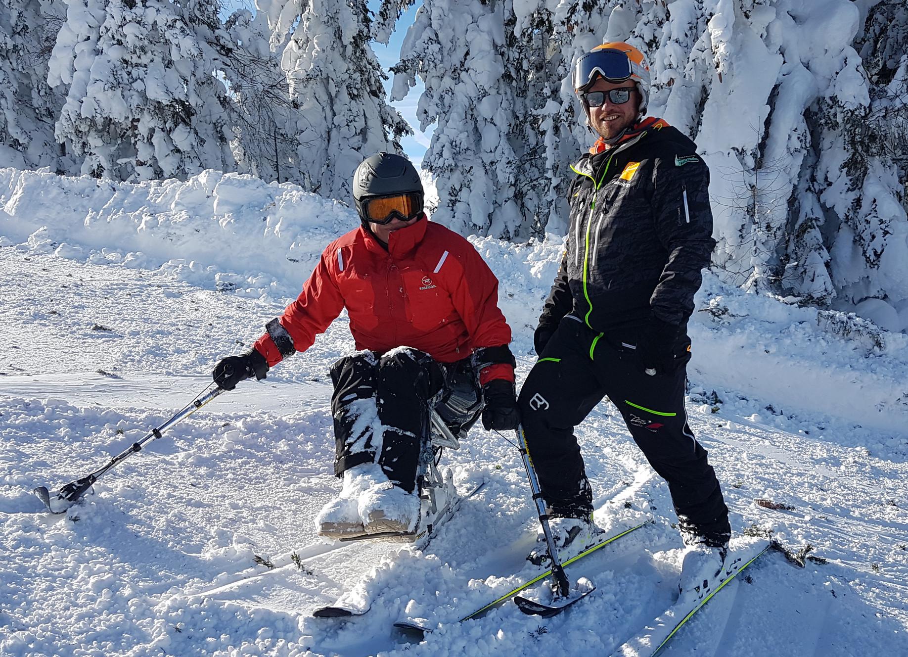 Skifahren mit Monoski